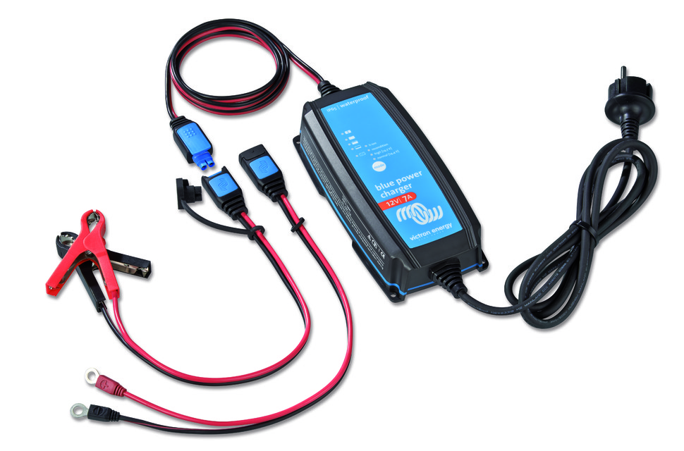 Victron Energy Blue Power acculader IP65 in promotie bij Dobbelaere Auto-Elektriciteit Maldegem